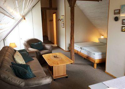Doppelbetten mit Dachschräge