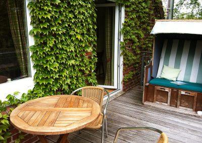 Über 10 qm Balkon Südseite inkl. Strandkorb