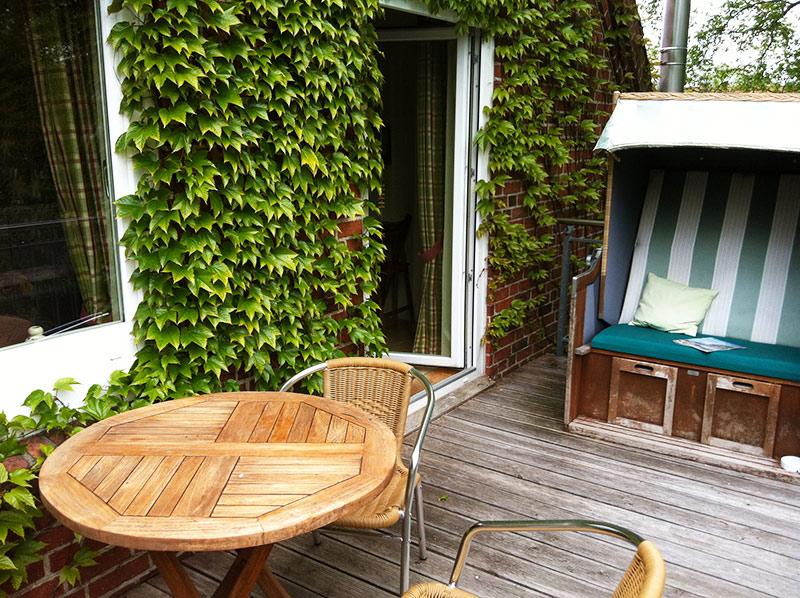 Uber 10 Qm Balkon Sudseite Inkl Strandkorb Ferienhof Luders