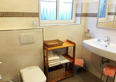 Ferienwohnung 3 - Badezimmer mit WC/DU